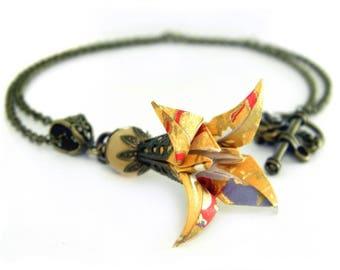Origami necklace Iris