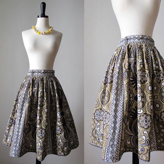 1950s tiki skirt • 50s  Polynesian novelty print … - image 1