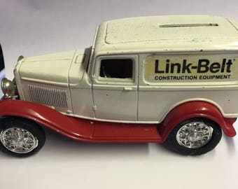 Old ERTL 1932 Ford Delivery Van Link-Belt