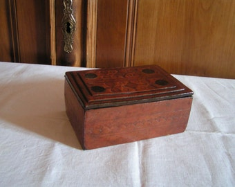 Leather covered jewelry box