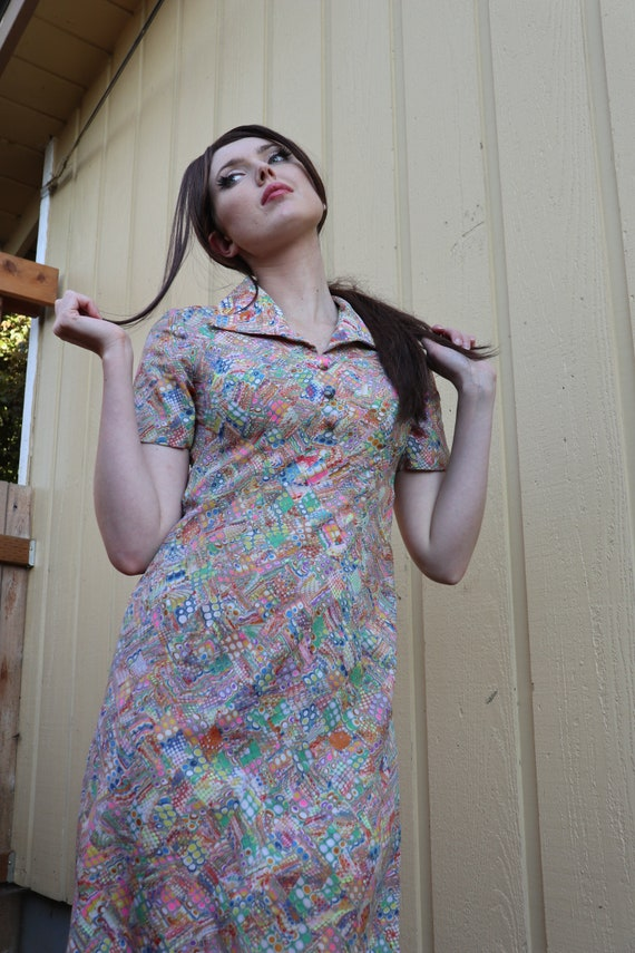 SALE | Psychedelic 1960s Waitress Dress | hippie c
