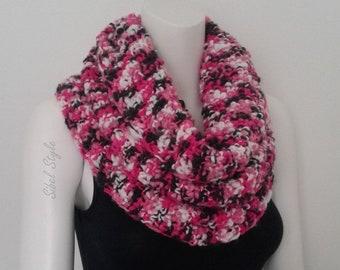 Echarpe tube femme tricot fait main multicolore rose fuchsia chauffe cou  cache col écharpe d hiver, idée cadeau elle anniversaire soeur noël 9f4357fc56b