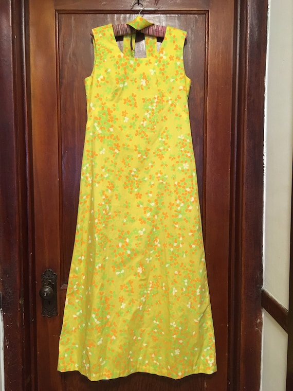 70's summer maxi bright yellow flowers M