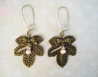 Vintage earrings large leaves