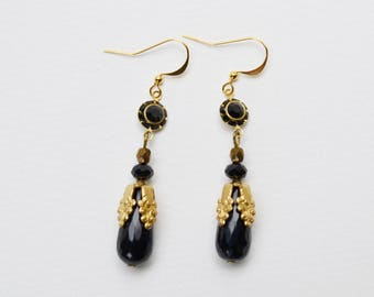 Art nouveau, Pearl Earrings gold and black onyx and Crystal