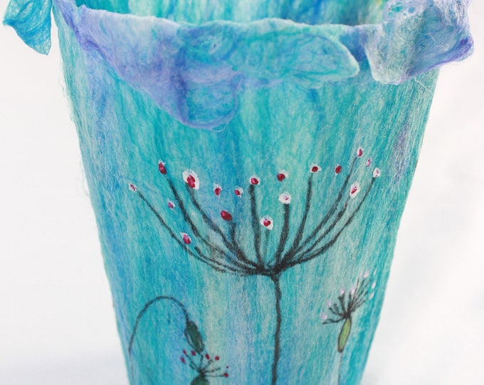 Tealight Holder (TLH7) with hand felted fibres
