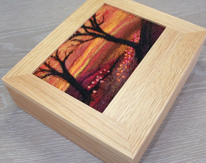 Oak Jewellery Box (Box8) with Needle-Felted Inlay