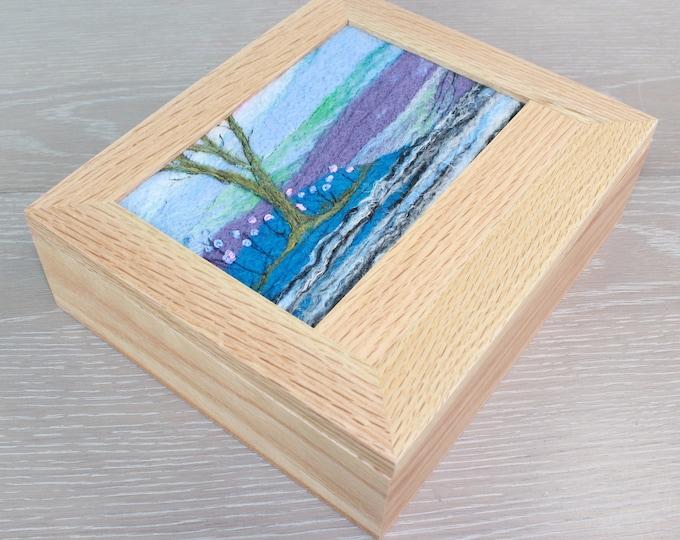 Oak Jewellery Box (Box9) with Needle-Felted Inlay