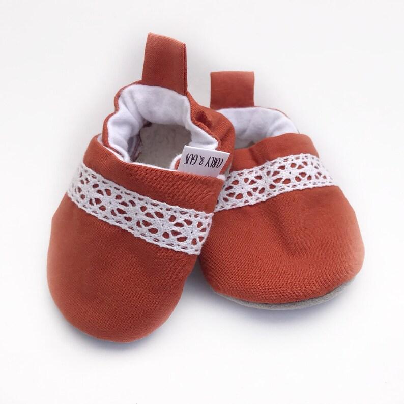 152845cea78a6 Dentelle rouille bébé Chaussures chaussures bébé Orange