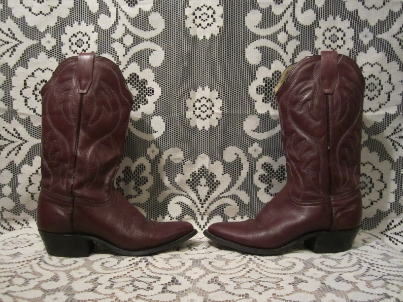 8771e92c201 Maroon Cowboy Boots Pointy Heeled Dark Red Western Boots By Durango Woman's  Size 6 M
