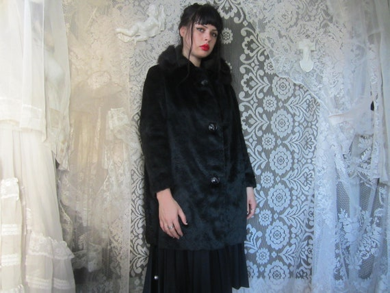 60's Black Faux Fur Coat with Real Fur Collar Bell