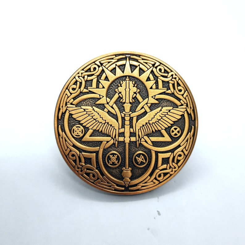 DND CLERIC PIN Dungeons and dragons charachter enamel pin D20 rpg