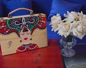 PARISHOOO VP suitcase painting wooden beauty sleep