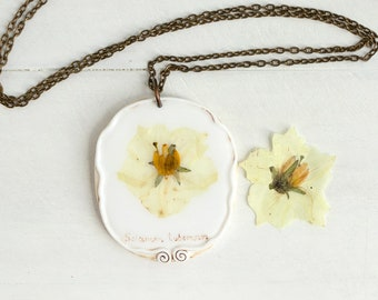 Real Potato Flower Necklace, Real Flower Jewelry, Romantic Pendant, Botanical Jewelry, Preserved Flower, Nature Jewelry, Nature Pendant