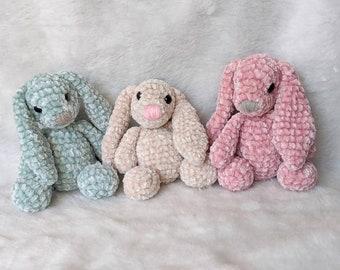 Bernat Baby Velvet Crochet Bunny - Repeat Crafter Me | 270x340