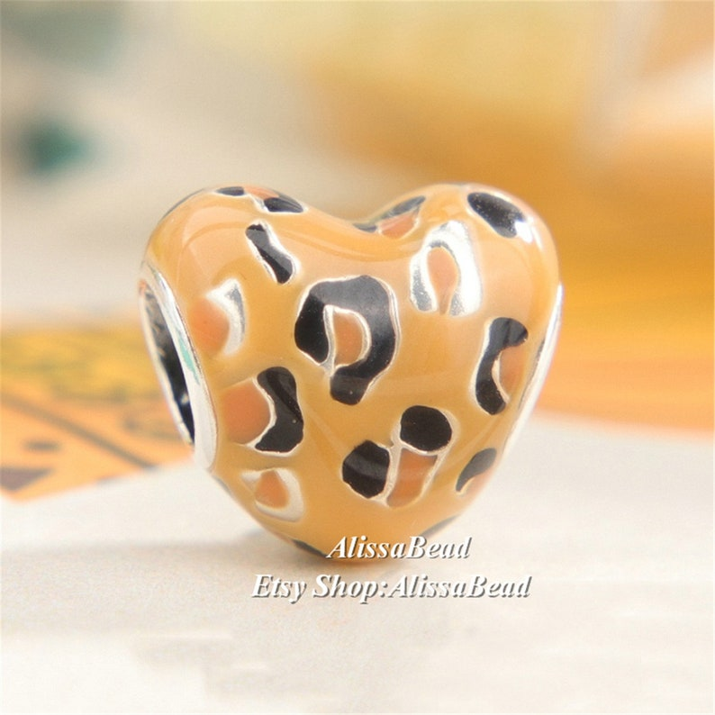 2019 Summer Release sterling silver Spotted Heart Charm With Enamel Charm beads Fits All European Women Jewelry DIY Bracelets Necklaces