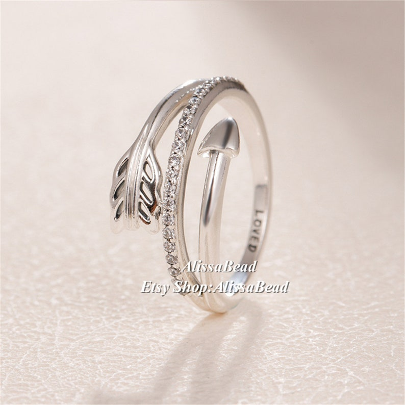 2019 Valentine's Day 925 Sterling Silver Sparkling Arrow Ring With Clear CZ  Rings Women Fine Jewelry