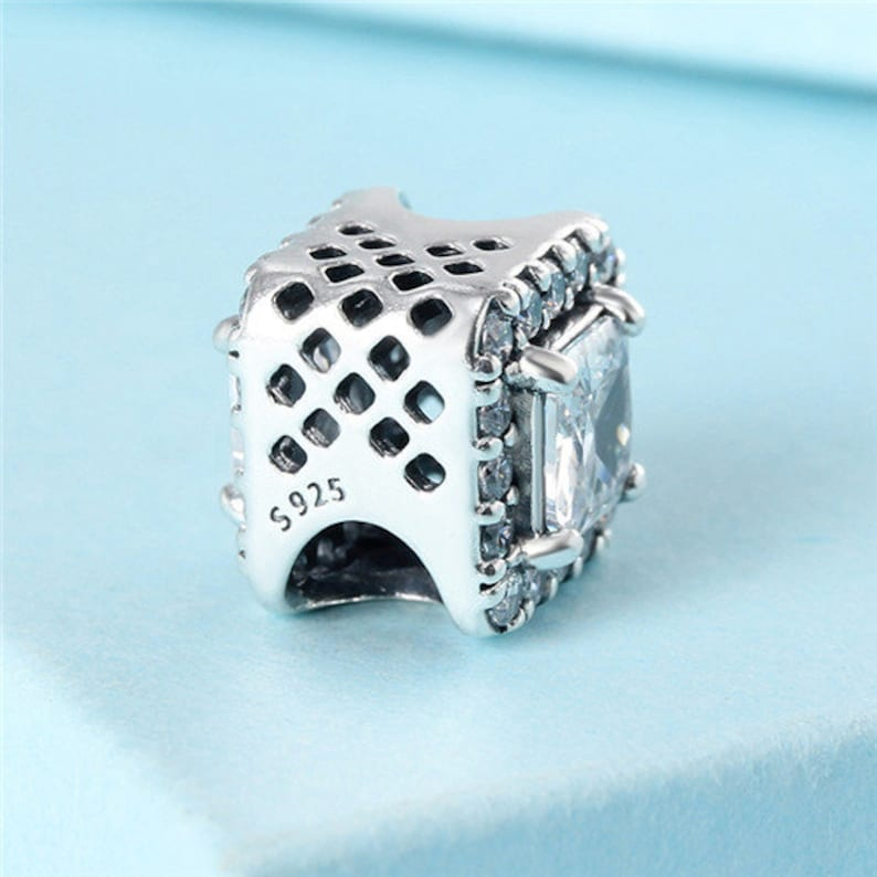 2017 Autumn Release Sterling Silver Geometric Radiance Fashion Charm With Clear CZ beads Fit European DIY Jewelry Bracelet /& Necklace