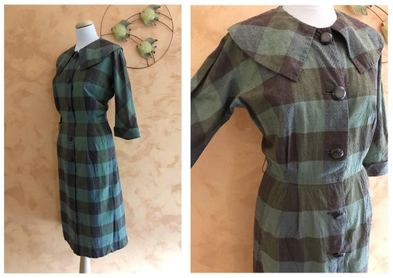 Vintage 1950s Green and Brown Plaid Print Cotton D