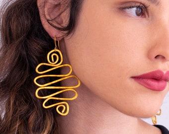 Gold Statement Earrings, Big Long earrings, Long dangle earrings, Spiral earrings, Waves shape earrings, Very Lightweight Earrings.