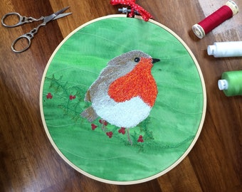 Christmas Robin embroidery hoop wall decoration