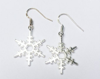 Women Snowflake earrings - snowflake dangle earrings - gifts for her - Christmas earrings - Christmas jewellery - winter gifts for mom