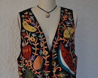 1990s Fruit Print multi-colored black vest