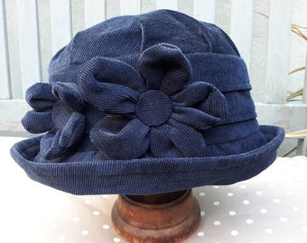 e309bf135a9 Navy blue winter hat