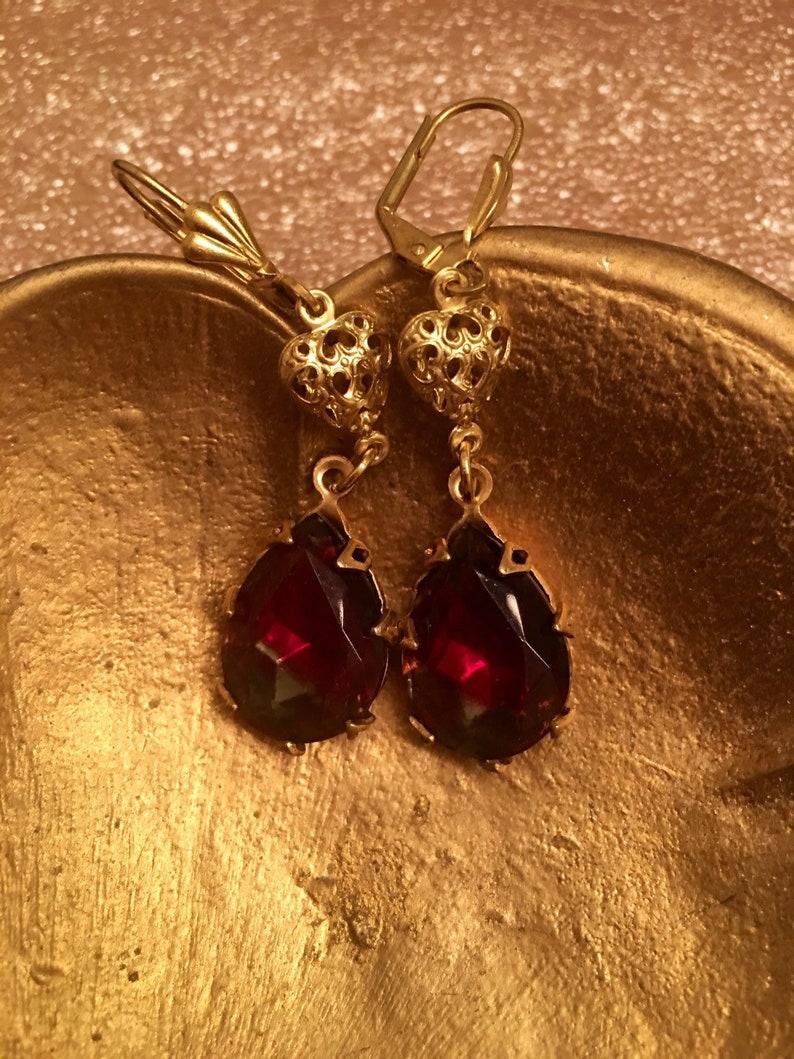 Beautiful Elegant Red Glass Crystal Teardrop  Earrings Hung By A Shell Style Pierced Ear Clip And Added Filigree Heart Earrings