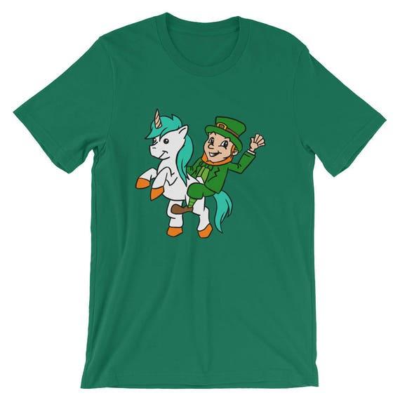 Leprechaun Riding A Cat Unicorn with A Rainbow Short-Sleeve Unisex T-Shirt