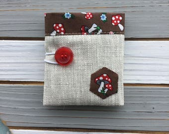Linen Teabag Wallet with Toadstool lining