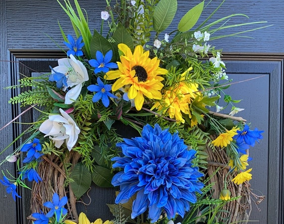 Summer Wreath, Summer Door Wreath, Blue Wreath, Sassy Doors Wreath, Sunflower Wreath