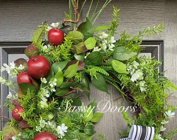 Farmhouse Apple Wreath, Apple Wreath- Everyday Front Door Wreath- Farmhouse Grapevine Wreath-Wreath With Apples- Sassy Doors Wreaths-