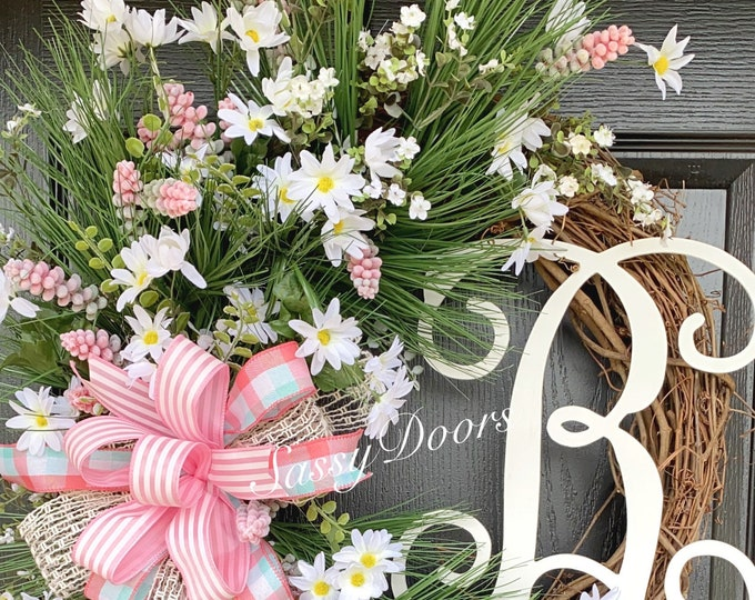 Spring Wreath, Spring Door Wreath, Daisy Wreath, Sassy Doors Wreath
