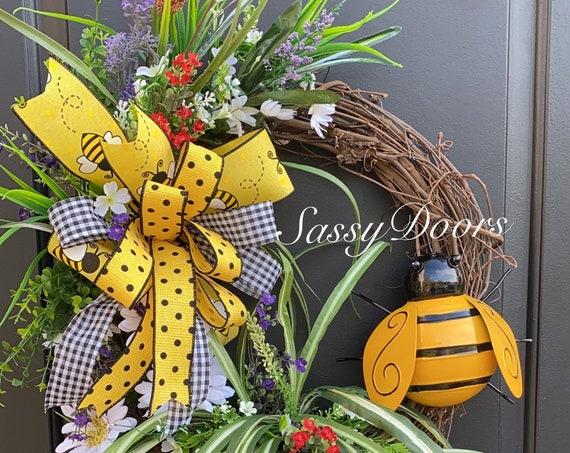 Bumble Bee Wreath, Summer Grapevine Wreath, Summer Wreath for Front door, Farmhouse Wreath, Sassy Doors Wreath,