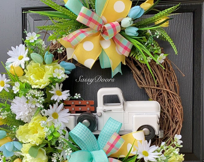 Truck Wreath, Farmhouse Wreaths, Spring Grapevine Wreath, Spring Wreath, Sassy Doors Wreath,