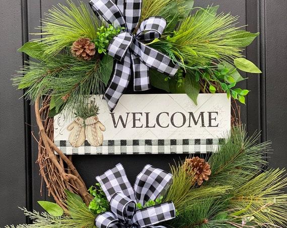 Winter Wreath, Winter Mitten Wreath, Winter Pine Wreath, Pinecone Wreath, Sassy Doors Wreath