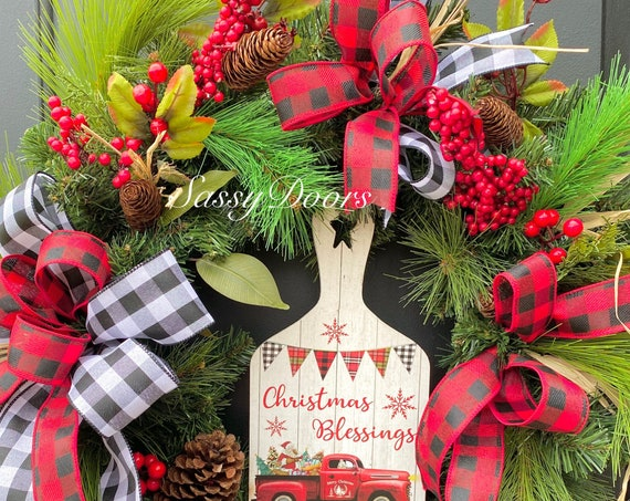 Red Truck Wreath, Christmas Wreath With Red Truck, Christmas Door Wreath, Red Truck Sign Christmas Wreaths, Farmhouse Wreath,