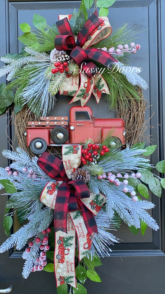 Red Truck Christmas Wreath, Farmhouse Christmas Wreath, Truck Wreath, Christmas Wreath, Woodland Christmas, Sassy Doors Wreaths, Grapevine