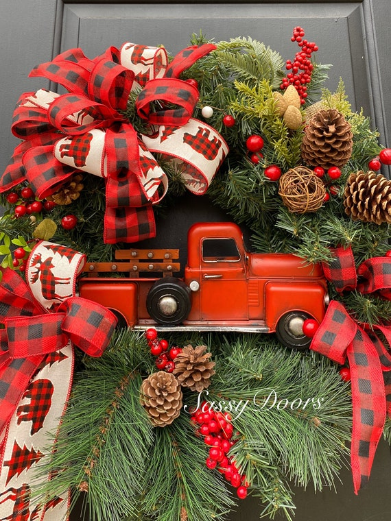 Red Truck Wreath, Rustic Christmas Wreath, Buffalo Plaid, Wreath, Christmas Front Door Wreath, Christmas Red Truck Wreath,Sassy Doors Wreath