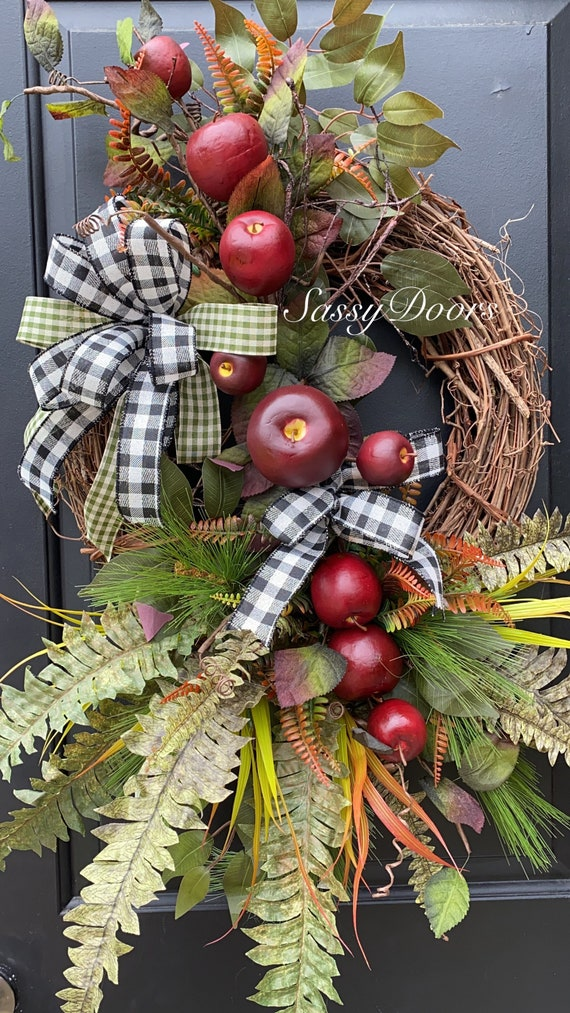 Farmhouse Apple Wreath, Apple Wreath- Everyday Front Door Wreath- Farmhouse Grapevine Wreath-Wreath With Apples- Sassy Doors Wreaths-