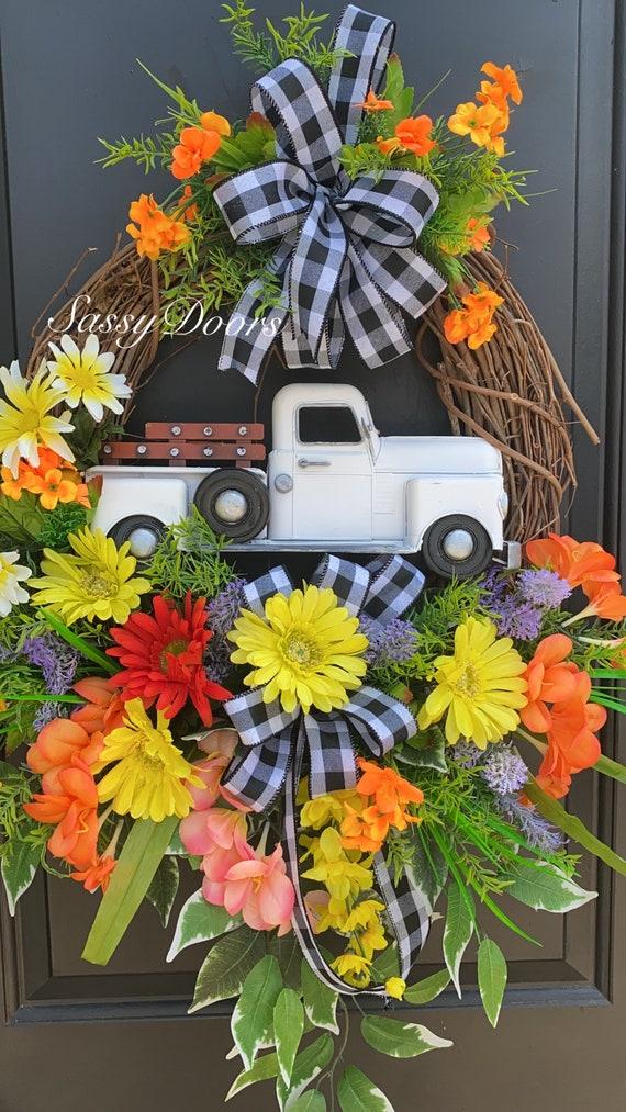 Summer Truck Wreaths, Vintage Truck Wreath, Truck Wreaths, Summer Daisy Wreath