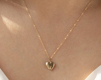 Heart Locket Necklace • Personalized Locket • Personalized Gifts • Mom Necklace • Gold Locket Necklace • Photo Gifts • Personalized Jewelry
