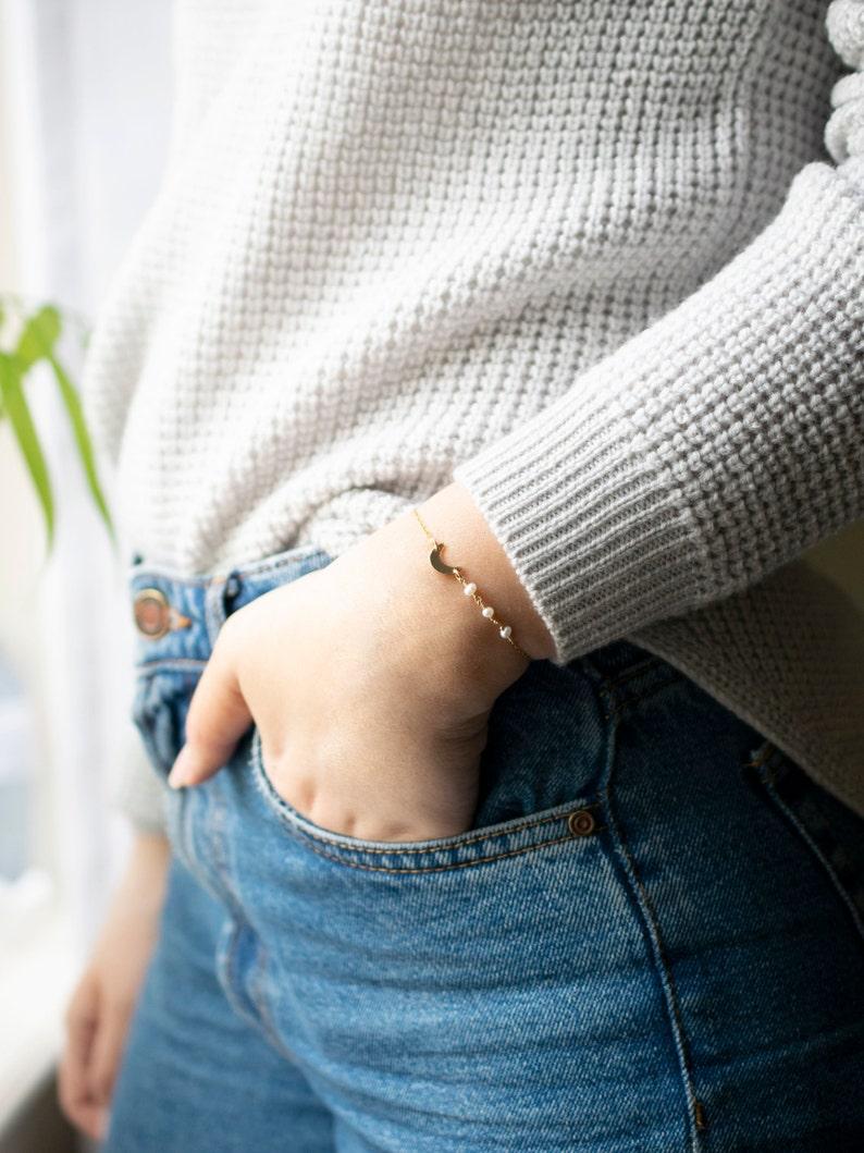 Crescent Freshwater Pearl Bracelet \u2022 Moon Bracelet in 14k Gold Fill or 925 Silver \u2022 Gift for Her \u2022 Stacking Bracelet \u2022 Layering Bracelet \u2022