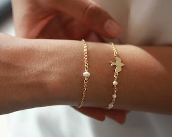 Dainty Pearl Bracelet • 14k Gold Fill Chain Bracelet • Delicate Gold Layering Bracelet • Gift for Her • Stacking Bracelet