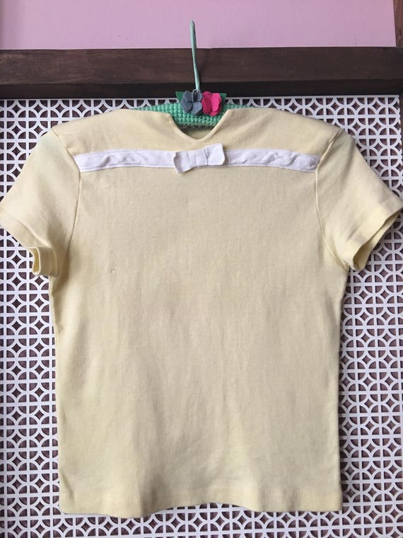 40s 50s 60s Vintage Pin Up yellow summer tee with