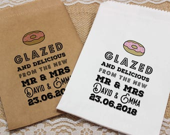 "Personalised wedding DONUTS bags, ""glazed and delicious"" candy bags, lolly bags, other bag colours available!"