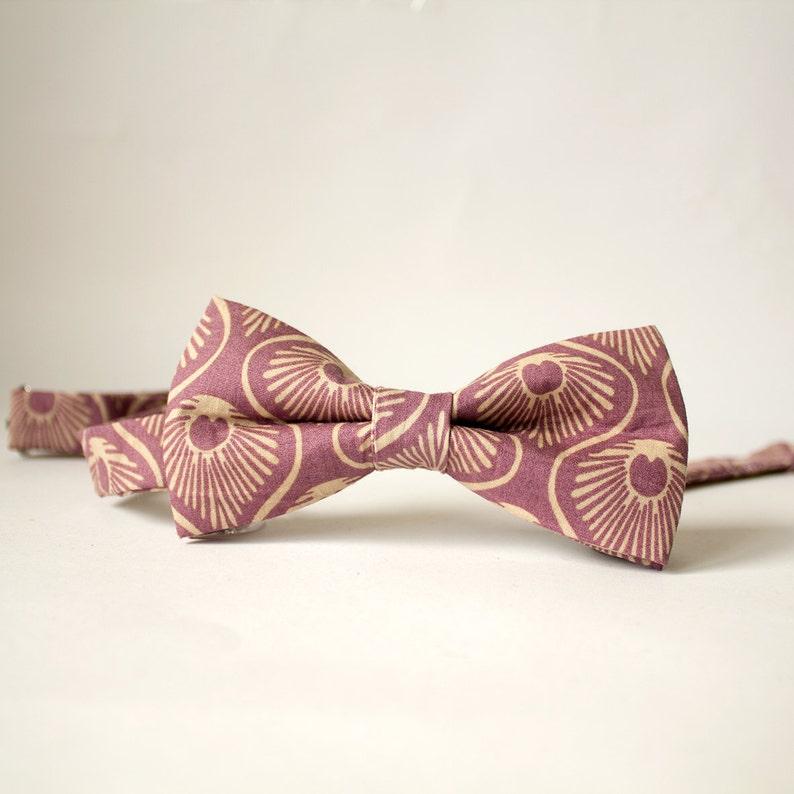 Purple Peacock Feather Men/'s Bow Tie