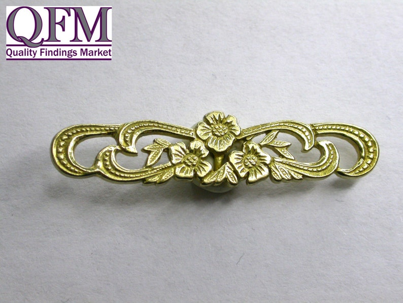 Size Loop 25x18mm Bar 35mm Oval shaped with flowers 4setspk Decorative Toggle Clasp in Brass