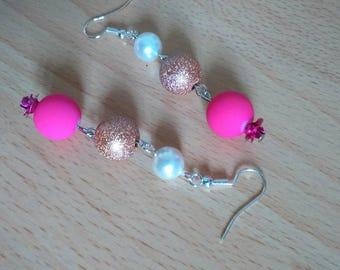 Beautiful dangling earrings, trio of sweetness